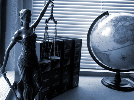 lady-justice-2388500__340